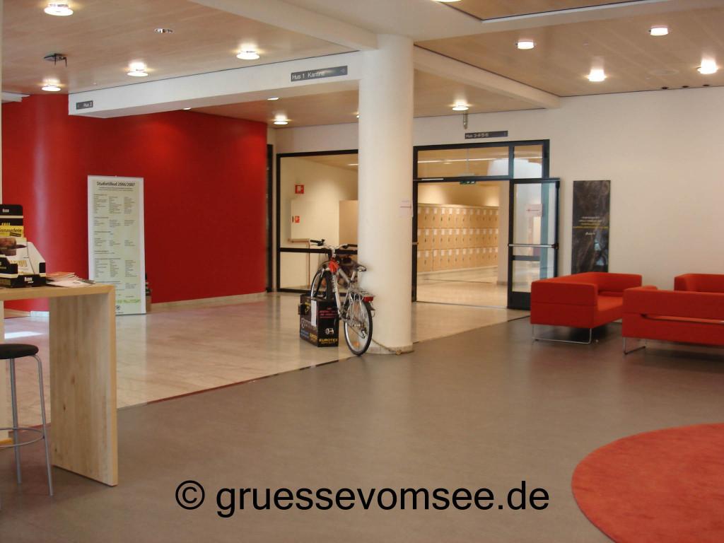 Universität_tromsoe_Innenraum_Gruessevomsee