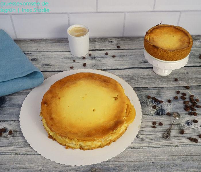 gluten- und laktosefreier Käsekuchen mit Pfirsichen
