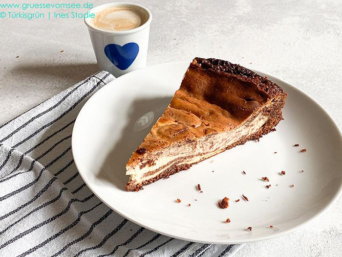 Gluten- und laktosefreier Cheesecake-Brownie-Swirl